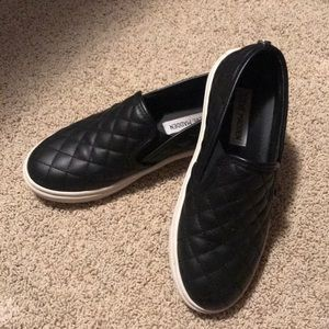 Steve Madden quilted leather slip on